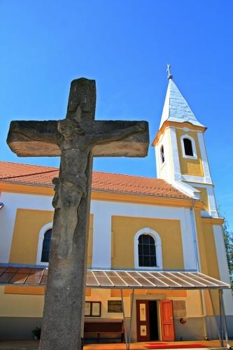 Csitár Római Katolikus temploma
